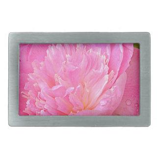 Erblassen Sie - rosa Pfingstrose auf Produkten Rechteckige Gürtelschnalle