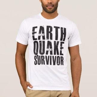 Erdbeben-Überlebender - Schwarzes T-Shirt