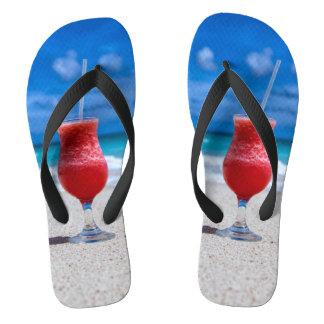 Erdbeerdaiquiri-tropischer Flip Flops