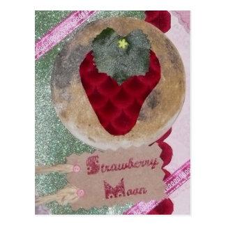 Erdbeermond-Postkarte Postkarte