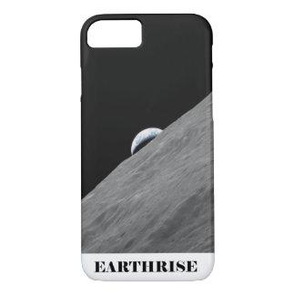 Erde, die über den Horizont des Mondes steigt iPhone 8/7 Hülle