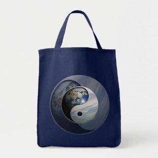 Erde und Himmel Yin Yang Tragetasche