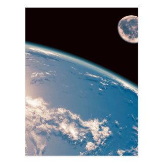 Erde und Mond Postkarte