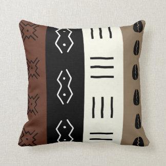 Erdige Töne Mudprint Stripes Muster Kissen