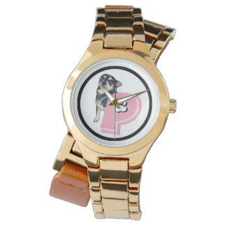 Erdnuss-rosa Logo-extravagante Uhr