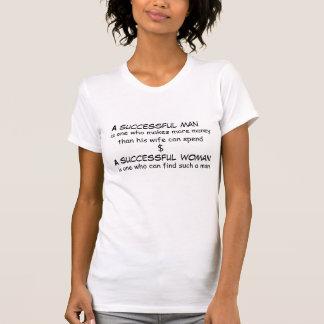 Erfolgreicher Mann und erfolgreicher Frau T - T-Shirt