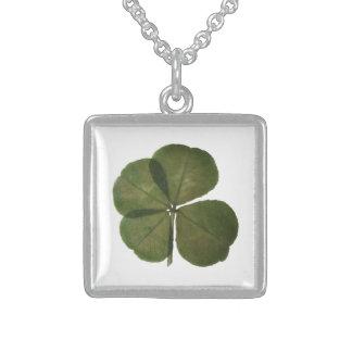 Erhält der wirkliche 4 Blatt-Klee St Patrick Sterling Silberkette