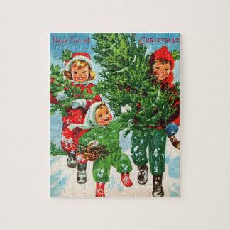 Erhalten des Weihnachtsbaum-Puzzlespiels Puzzle
