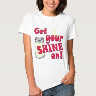 Erhalten Sie Ihren Glanz an Shirts