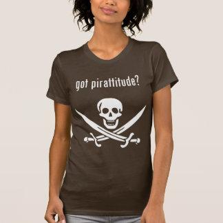 erhaltenes pirattitude? T-Shirt