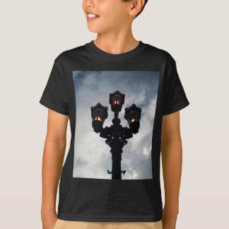 Erhellen Sie oben T-Shirt