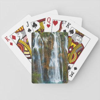 Erhöhte Ansicht des Wasserfalls, Kroatien Spielkarten