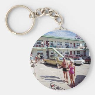 Erholungs-Bucht-Motel in den sechziger Jahren Schlüsselanhänger