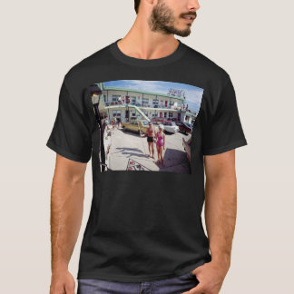 Erholungs-Bucht-Motel in den sechziger Jahren T-Shirt