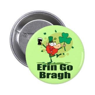 Erin gehen Bragh Kobold mit Stout Anstecknadelbutton