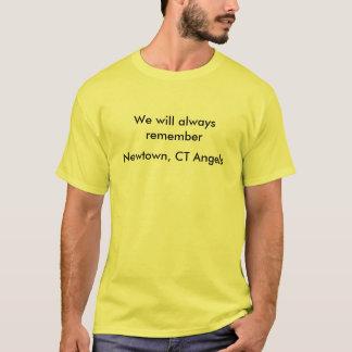 Erinnern Sie immer sich das an Newtown, CT-Engel T-Shirt