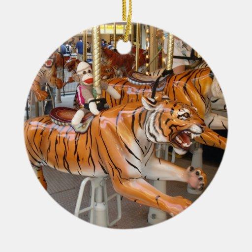 Ernie die Socken-Affe-Tiger-Karussell-Verzierung Ornament