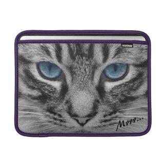 Ernste Katze mit blauem Eys kundengerecht Sleeve Fürs MacBook Air