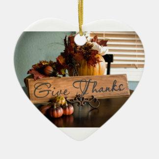 Erntedank gibt Dank Keramik Herz-Ornament