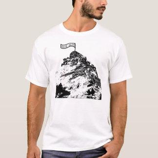 Erobern Sie den Berg T-Shirt