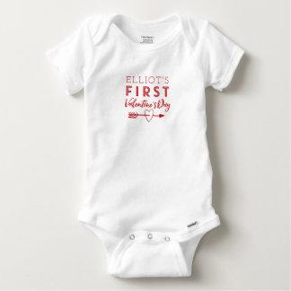 Erster der Valentinstag-Bodysuit des Babys Baby Strampler
