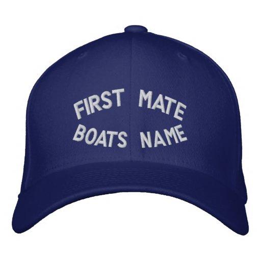Erster Kamerad mit Ihrem Bootsnamen Bestickte Kappen