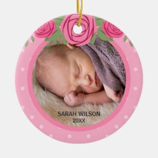 Erstes Foto des rosa Polka-Punkt-Blumenbabys Rundes Keramik Ornament