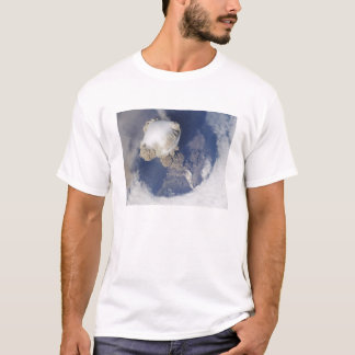 Eruption von Sarychev Vulkan T-Shirt