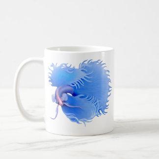 Erweiternde blaue Crowntail Betta Tasse