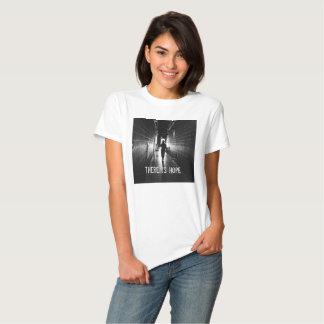 Es gibt Hoffnung T-Shirts