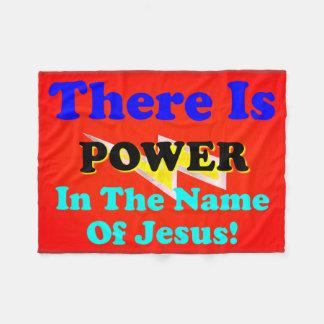 Es gibt Power im Namen Jesuss! Fleecedecke