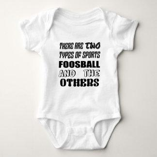 Es gibt zwei Arten Sport Foosball und andere Baby Strampler