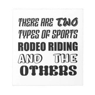 Es gibt zwei Arten Sport Rodeo-Reiten und oth Notizblock