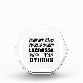 Es gibt zwei Arten SportLacrosse und -andere Auszeichnung