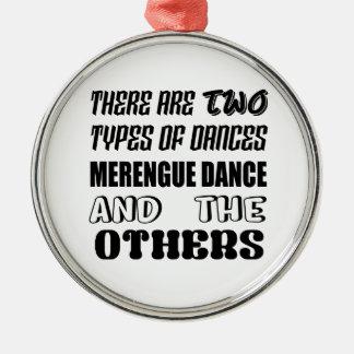 Es gibt zwei Arten Tanz Merengue Tanz und O Silbernes Ornament