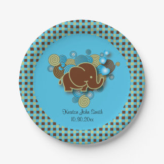Es ist ein Baby-Elefant des Jungen-   , das blau Pappteller