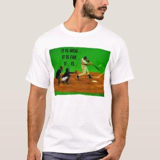Es ist hoch, es ist weit, es ist… gefangenes Blog T-Shirt