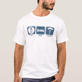 essen Sie den skydive Schlaf T-Shirt