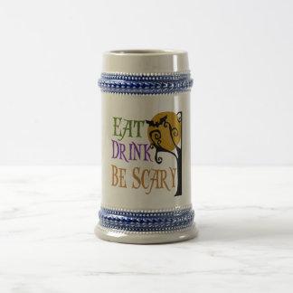 Essen Sie Getränk ist beängstigend Bierglas