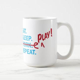 Essen Sie Schlaf-Arbeits-Ruhestands-Geschenk-Tasse Tasse