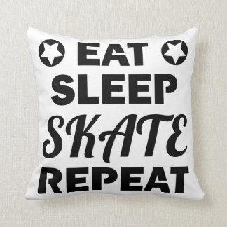 Essen Sie Schlaf-Skate-Wiederholung, Rolle Derby Kissen