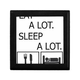 Essen Sie viel Schlaf viel Schmuckschachtel