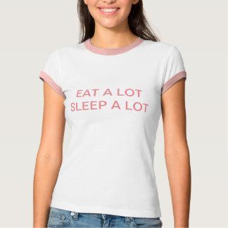 Essen Sie viel Schlaf viel T-Shirt
