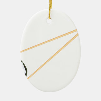 Essstäbchen, die Sushi halten Keramik Ornament