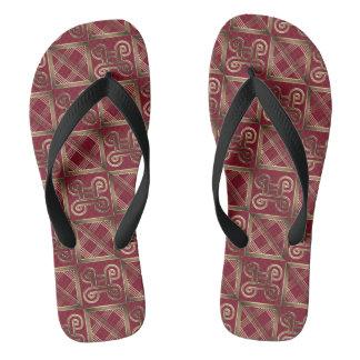 Ethnisches afrikanisches Muster mit Adinkra Flip Flops