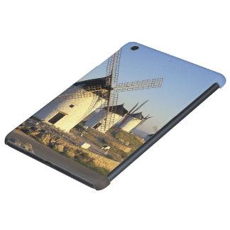 EU, Spanien, La Mancha, Consuegra. Windmühlen und iPad Mini Retina Schale
