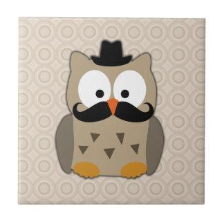 Eule mit dem Schnurrbart und Hut Kleine Quadratische Fliese