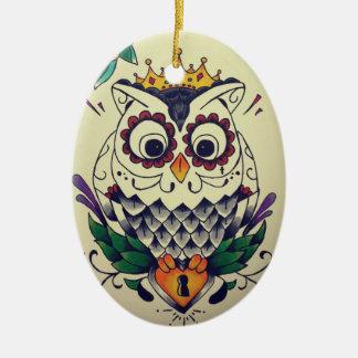 Eule tätowierte Verzierung Ovales Keramik Ornament