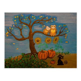 Eulen in einem Baum, in Sonnenblumen, in Kürbisen Postkarte
