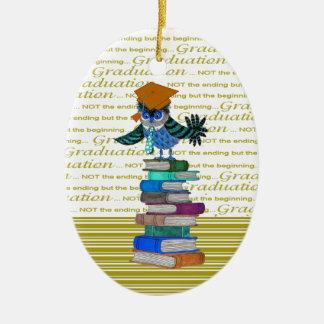 Eulen-tragende Krawatte, Absolvent-Kappe auf Ovales Keramik Ornament
